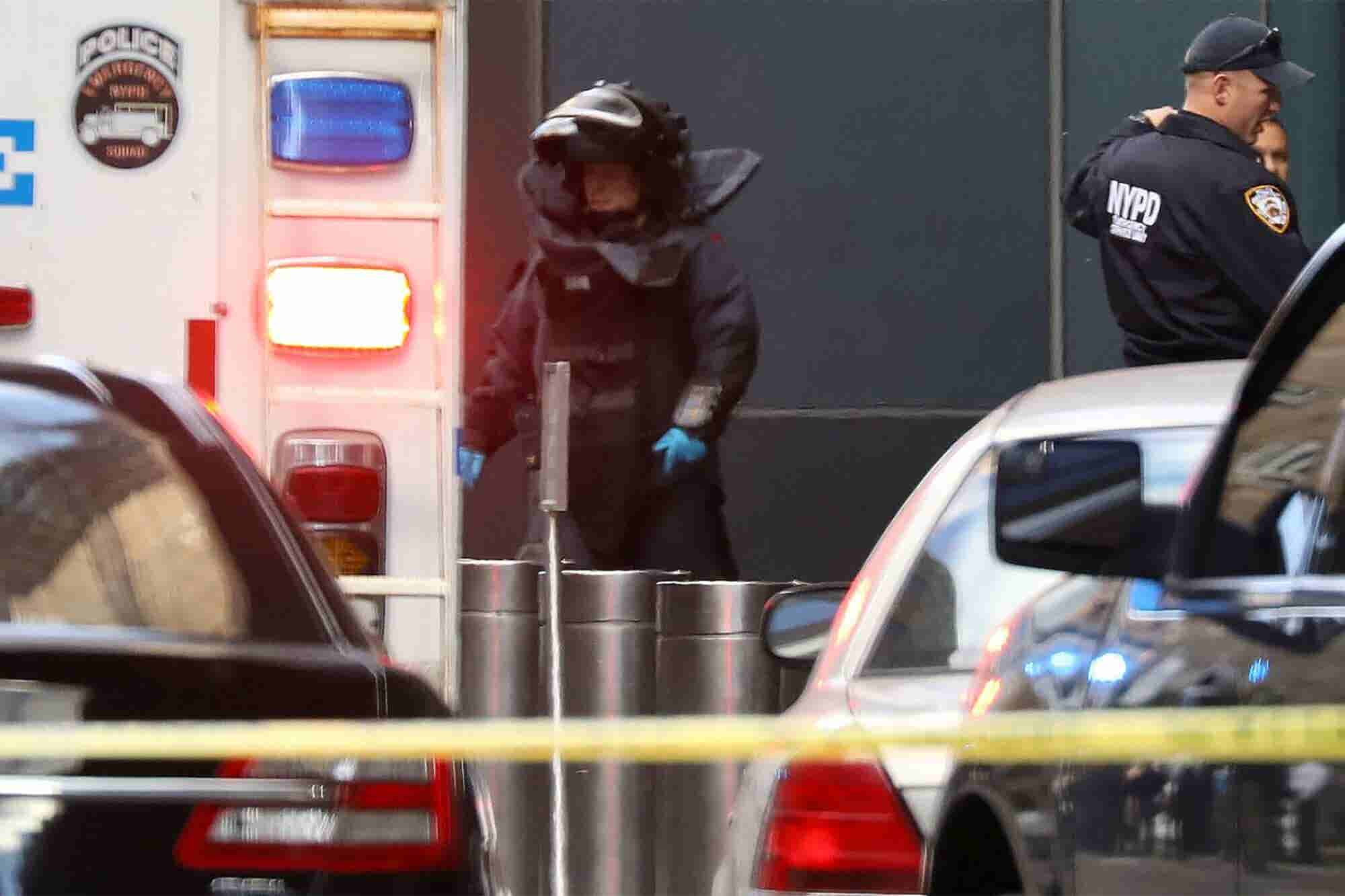CNN Evacuates New York City Office Amid Reports of Suspicious Package After Explosive Devices Sent to Clinton and Obama Homes