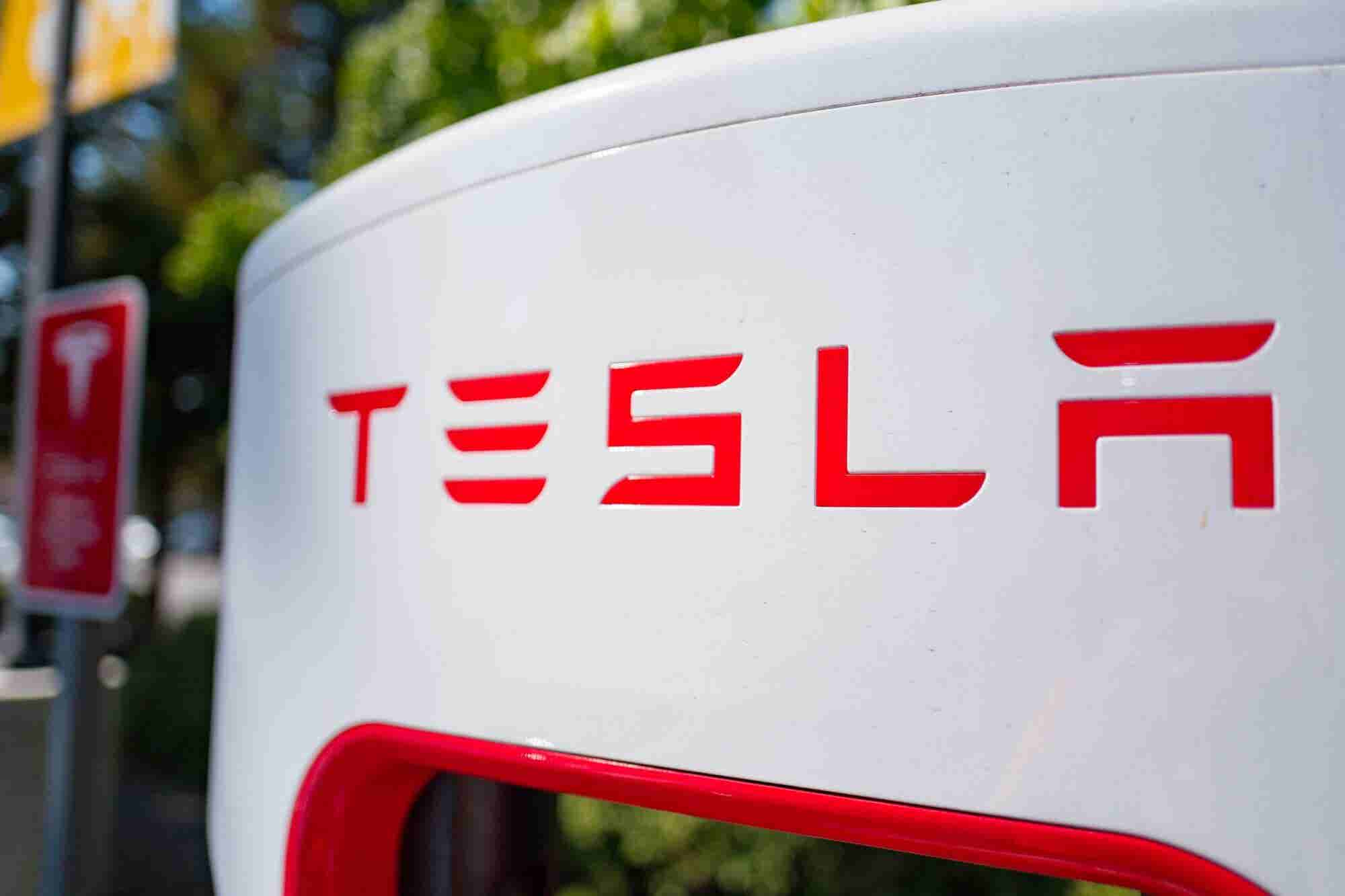 Elon Musk Predicts Tesla's Future and 4 Other Key Takeaways From the Q...