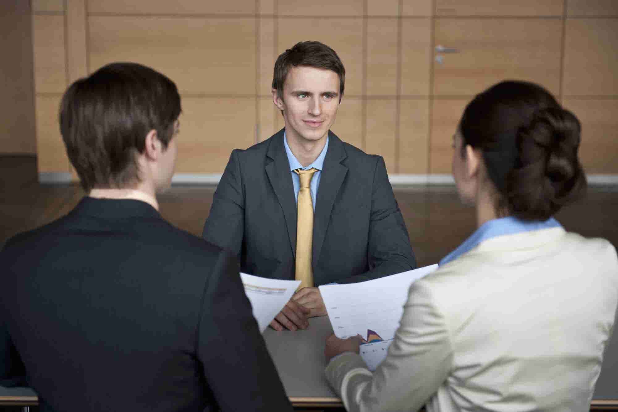 5 Signs a Candidate Is Lying or Exaggerating