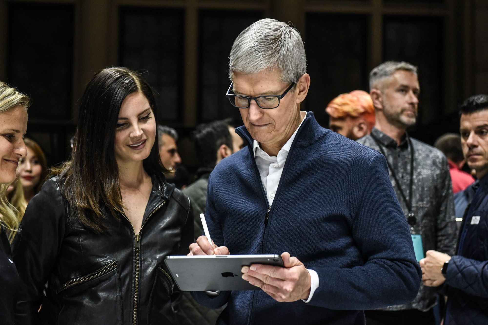 Apple Spooked Analysts Last Night With a New Announcement. Here's How.