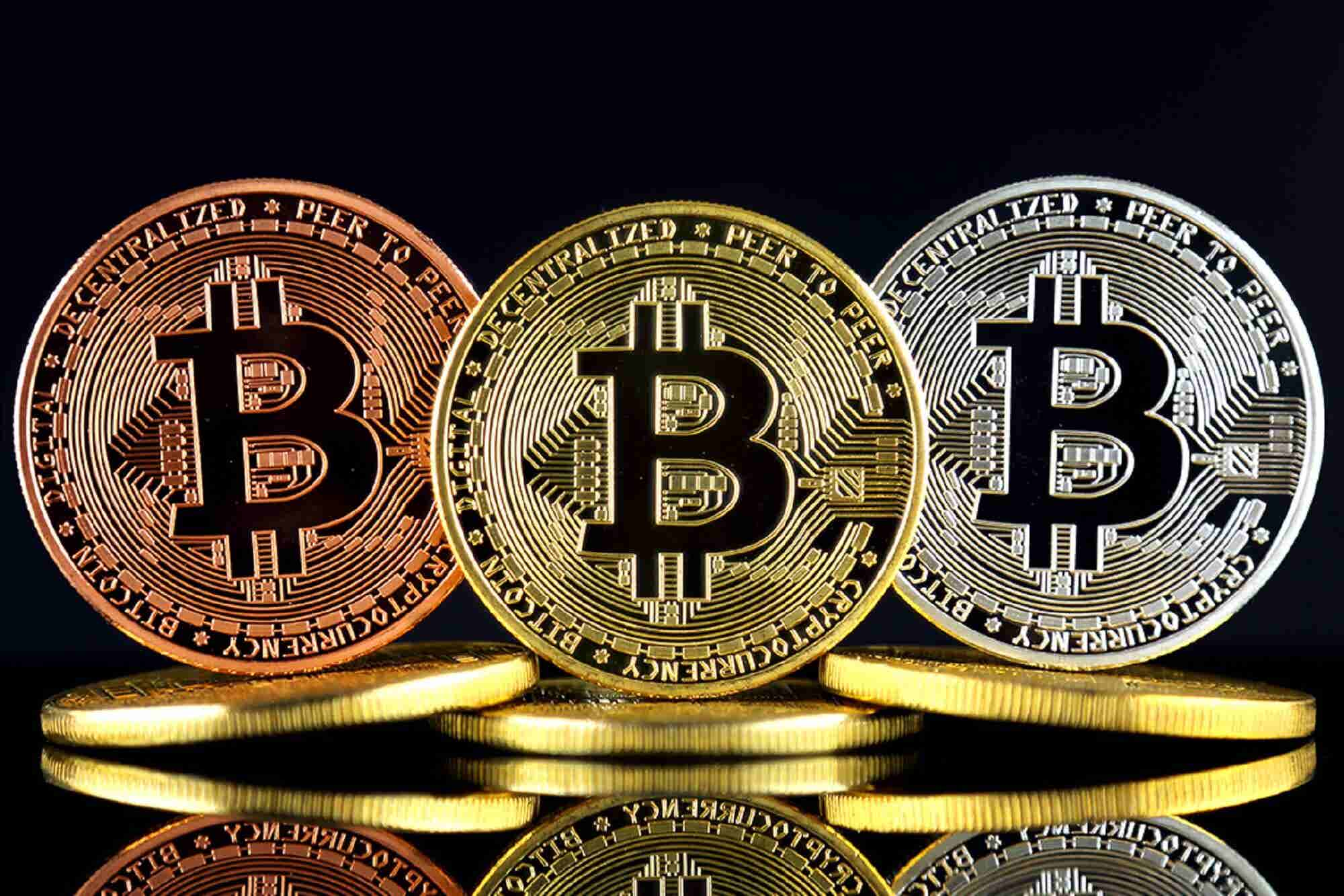 #InvestmentSpecial: Digital Currency Might be Illegal in India but You Can Still Invest in it. Here's How