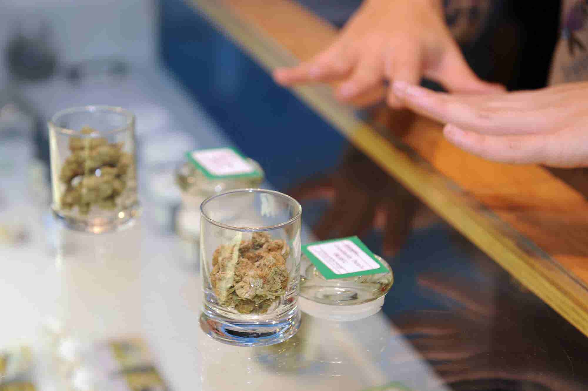 5 Steps for Dispensary Owners Thinking of Partnering With a Franchisor...
