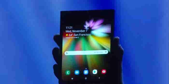 Samsung va contra Apple con un teléfono plegable con 'Infinity Flex Display'