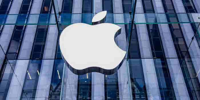 Por primera vez en su historia Apple vende menos iPhones de lo esperado