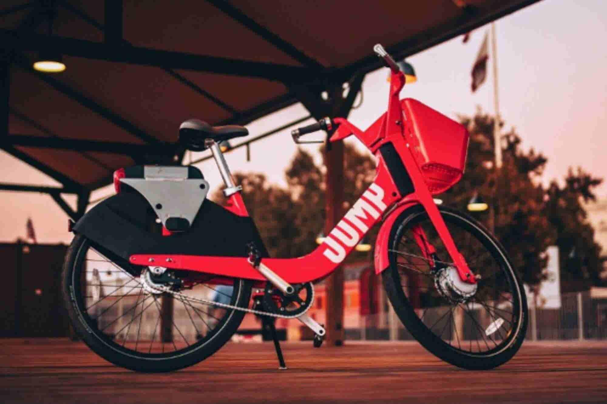 Uber entrará al mercado de las bicicletas y los scooters en la CDMX