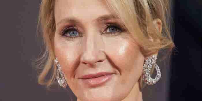 Del desempleo y escribir en servilletas, a crear Harry Potter: El camino de J.K. Rowling hacia al éxito