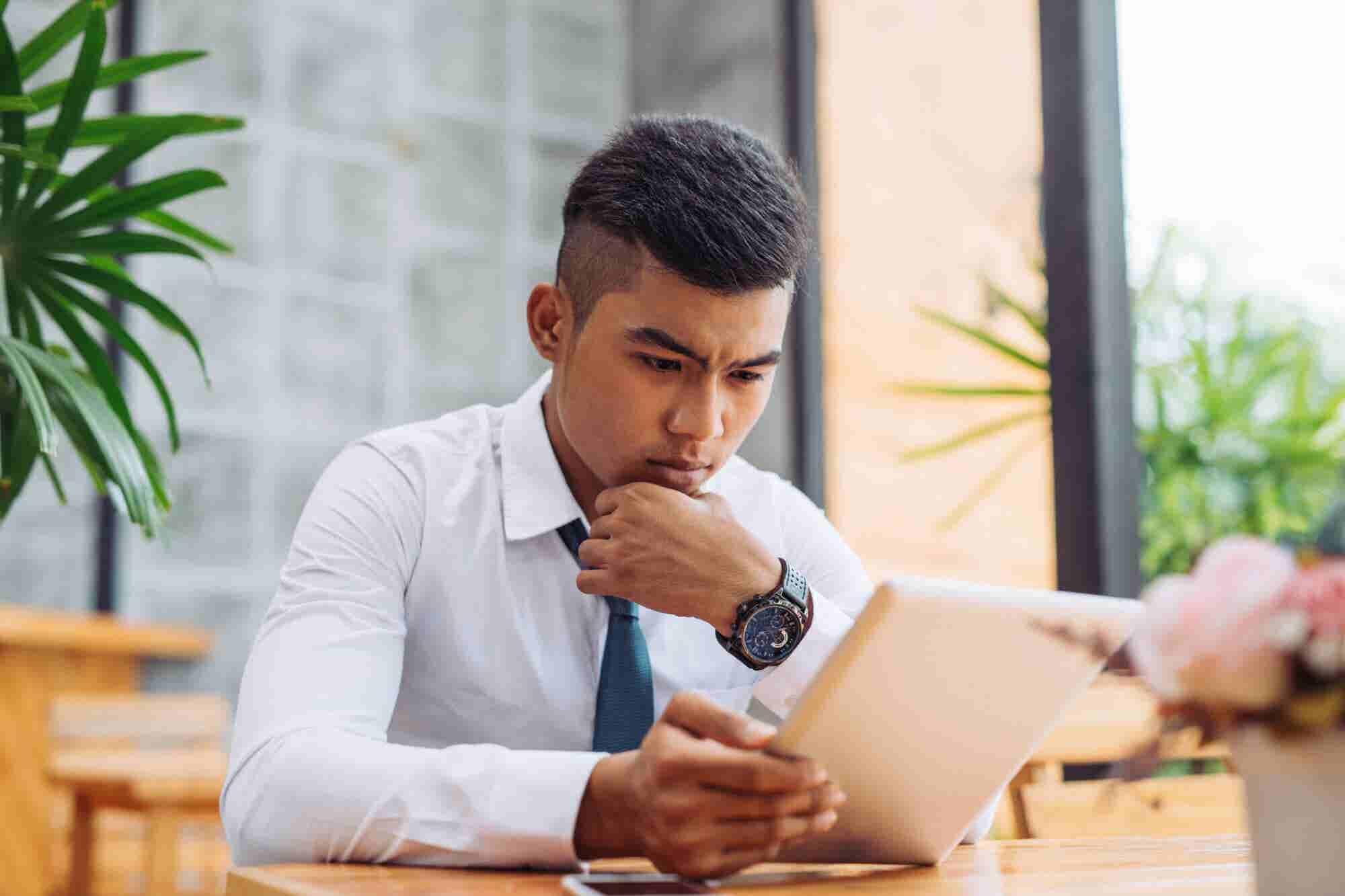 How Entrepreneurs Can Navigate a Quarter-Life Crisis