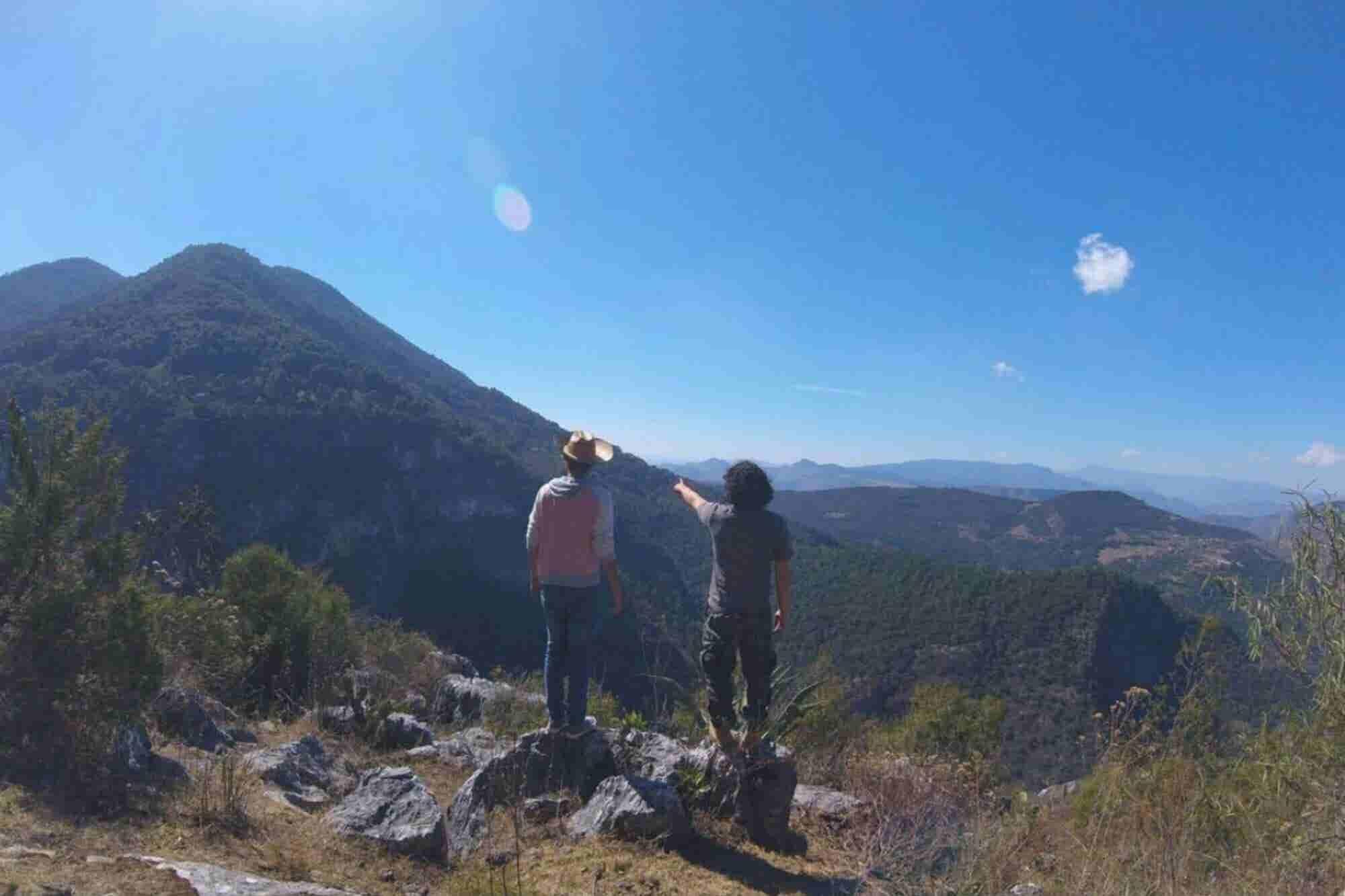 Cómo una caminata por Kenia inspiró a este emprendedor a impulsar el turismo por el 'México oculto'