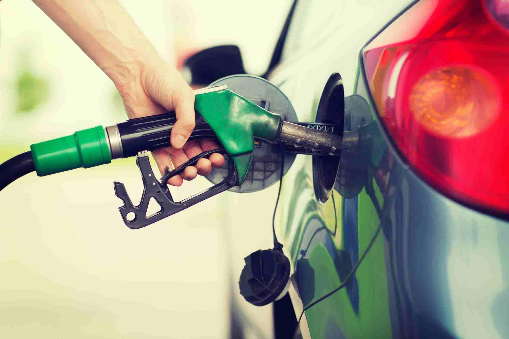 Mala semana para llenar el tanque: Hacienda retira el estímulo fiscal a las gasolinas