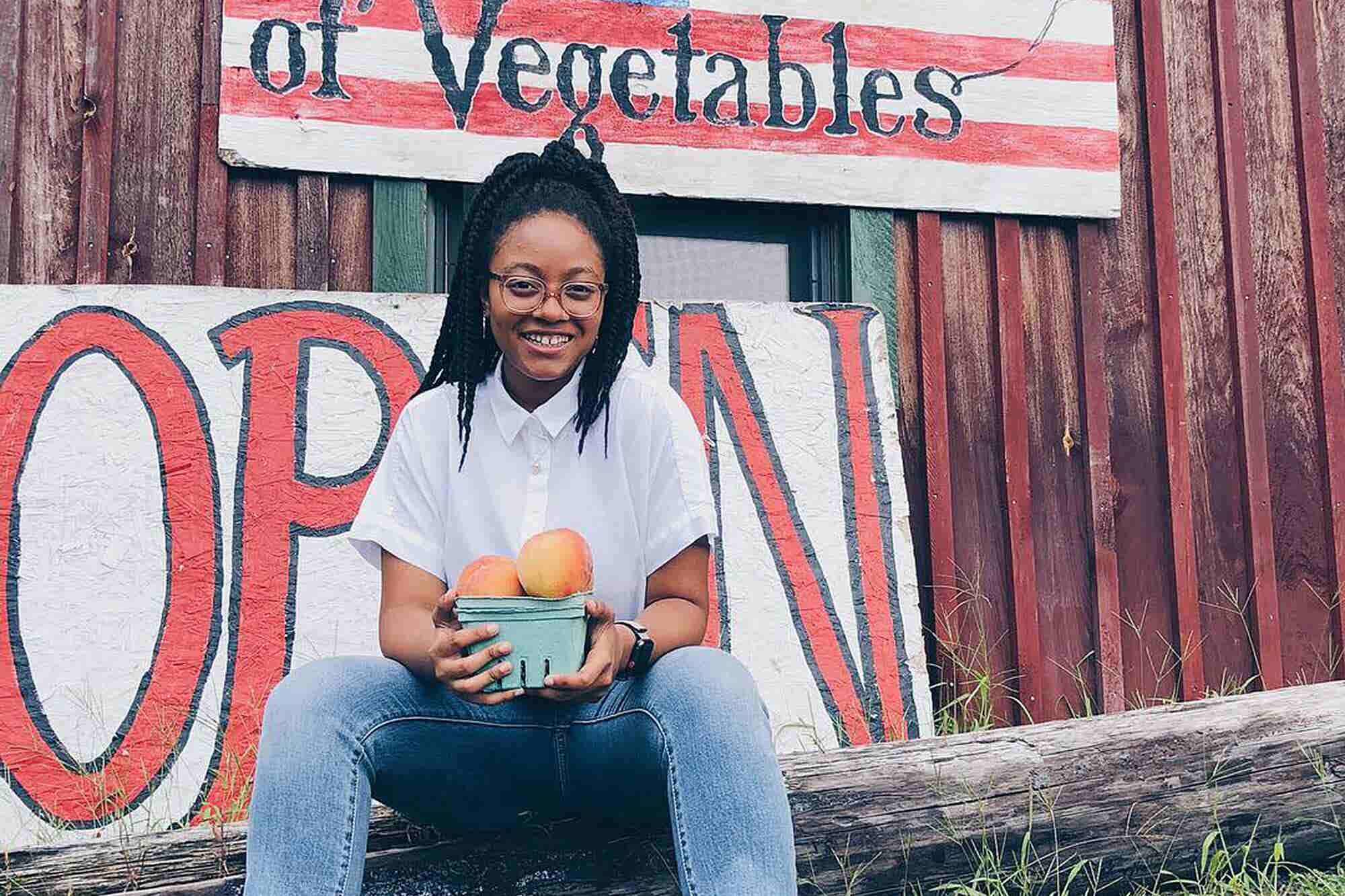 (Podcast) How This Amazing Teen Entrepreneur Balances Her Nonprofit, Speaking Engagements and Writing a Book