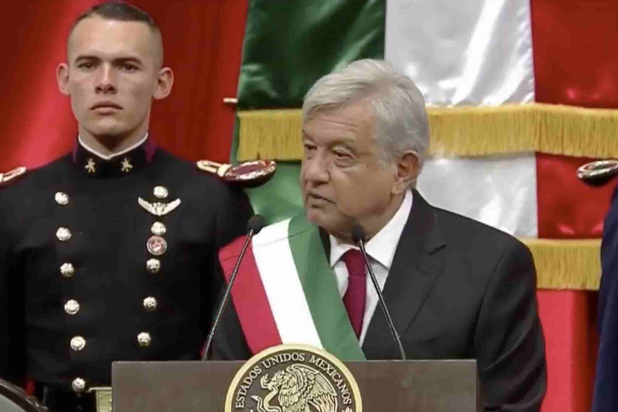 """""""No tengo derecho a fallar"""": Andrés Manuel López Obrador toma protesta como presidente de México"""