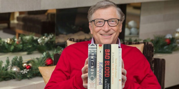 """5 Bacaan untuk Akhir Tahun 2018 dari """"Mbah"""" Bill Gates"""