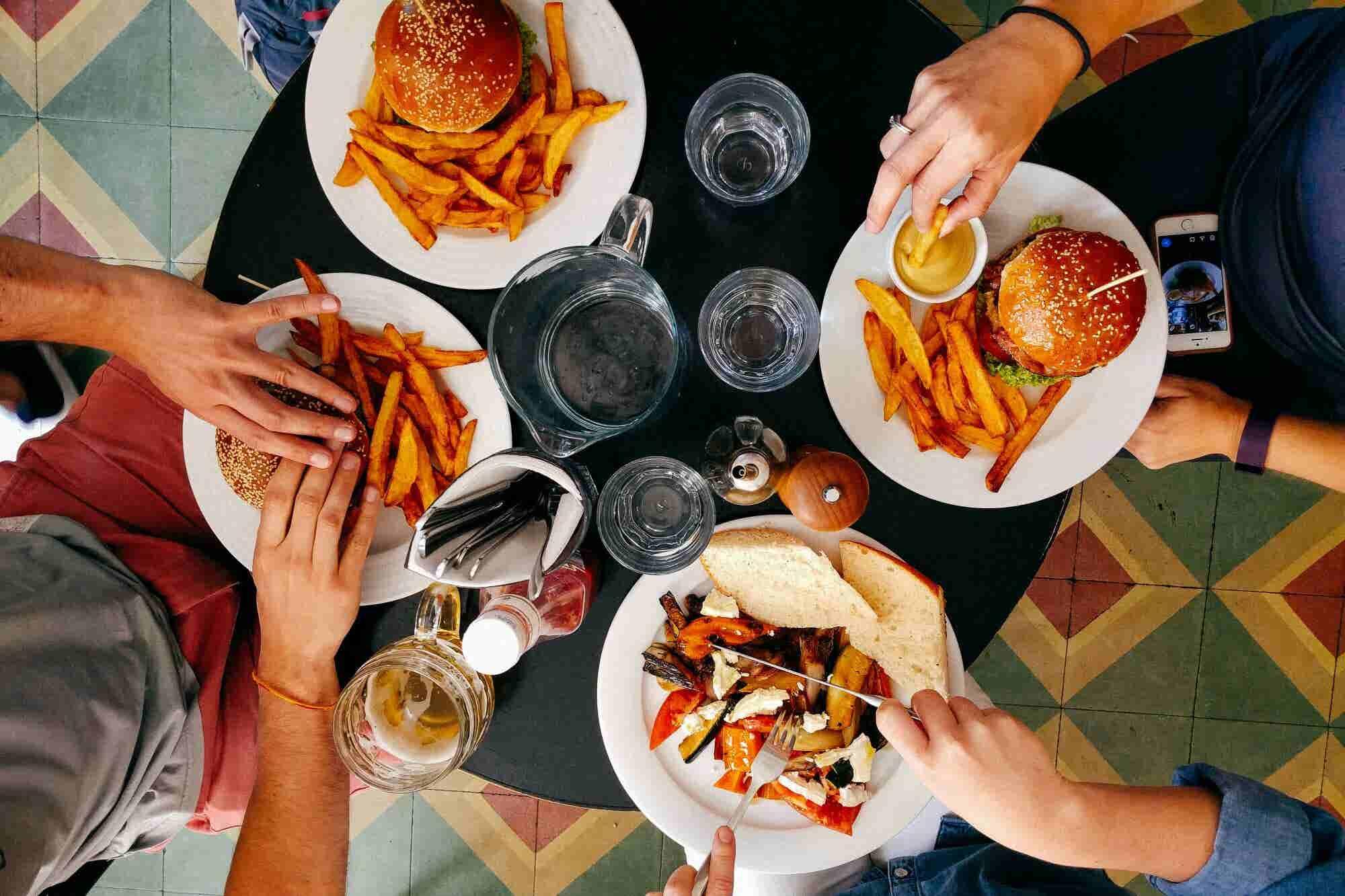 ¿Quieres poner un restaurante? Estas son las tendencias a las que debe...