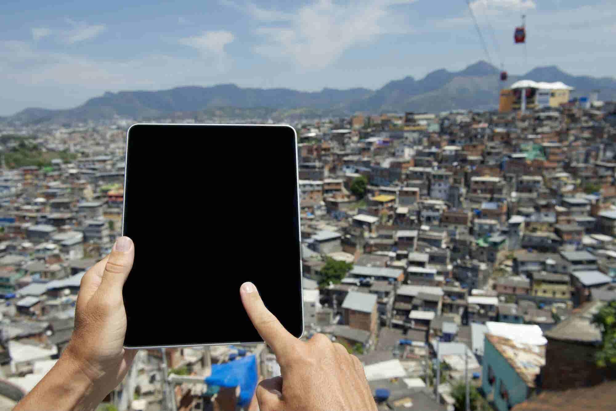 ¿Primero los pobres? Esto es lo que debe pasar en México para eliminar la miseria