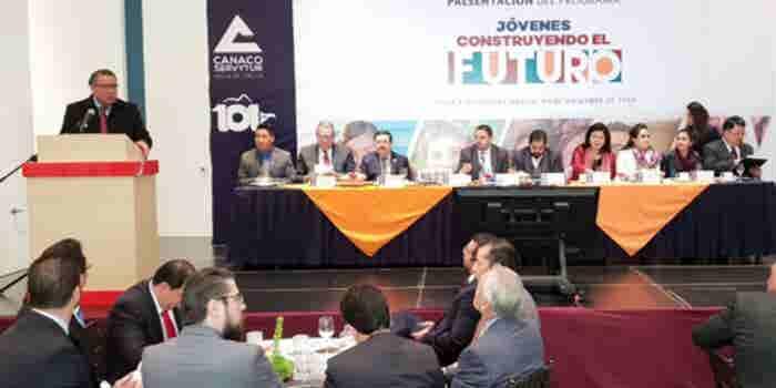 Estas son las empresas que apuestan por el programa de AMLO 'Jóvenes construyendo el futuro'