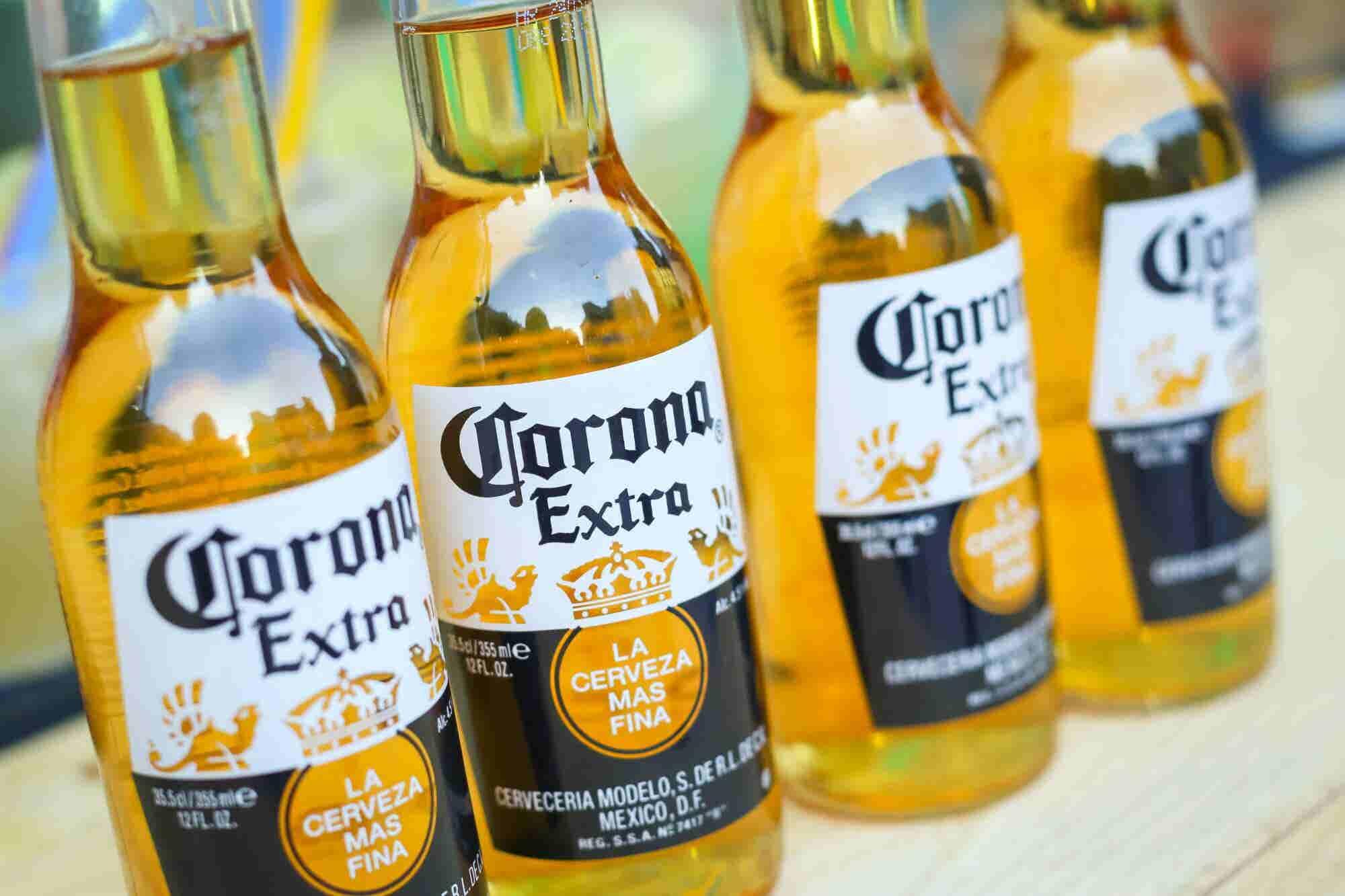 Fabricante de la cerveza Corona invertirá 100 millones de dólares en startups dirigidas por mujeres
