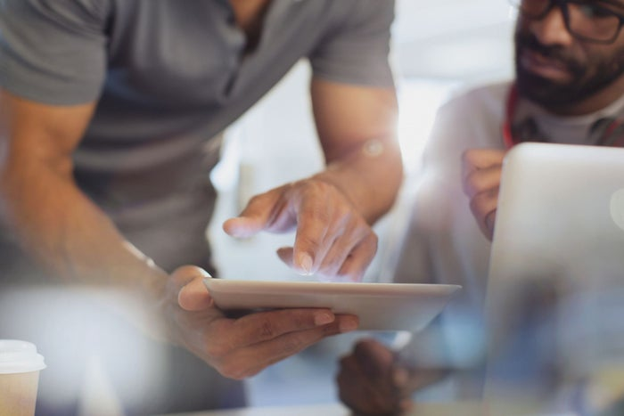 6 Strategies to Maximize Earned Media for Your Brand