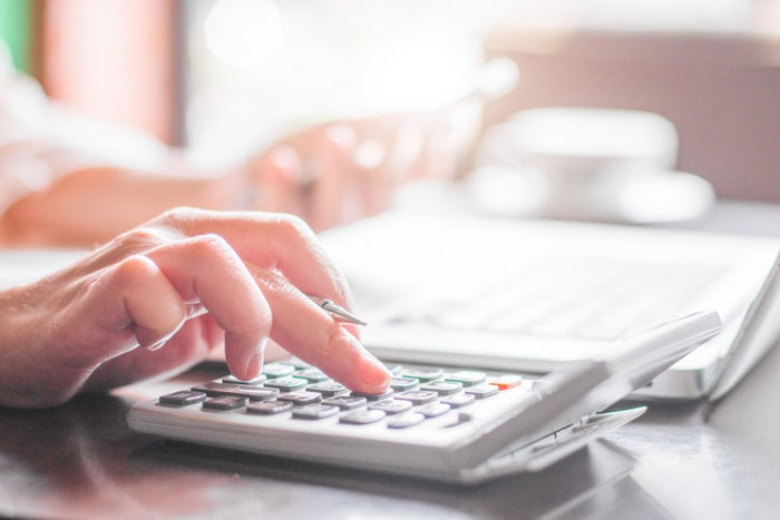 10 Ways To Cut Marketing Costs Before the End of the Year