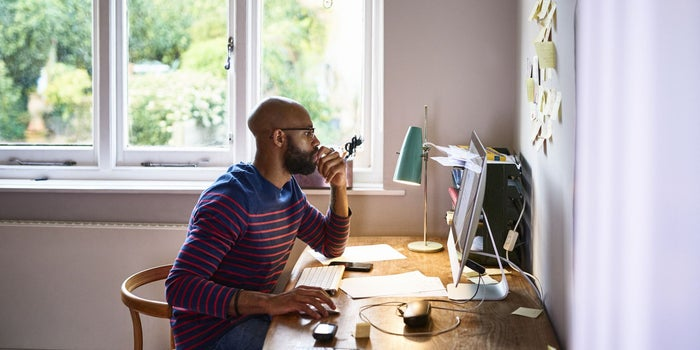 3 Reasons Your Side Hustle Isn't Growing Into a Full-Time Business
