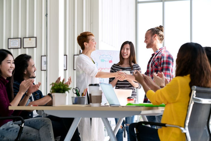 5 Ways Employee Engagement Makes Your Company More Competitive