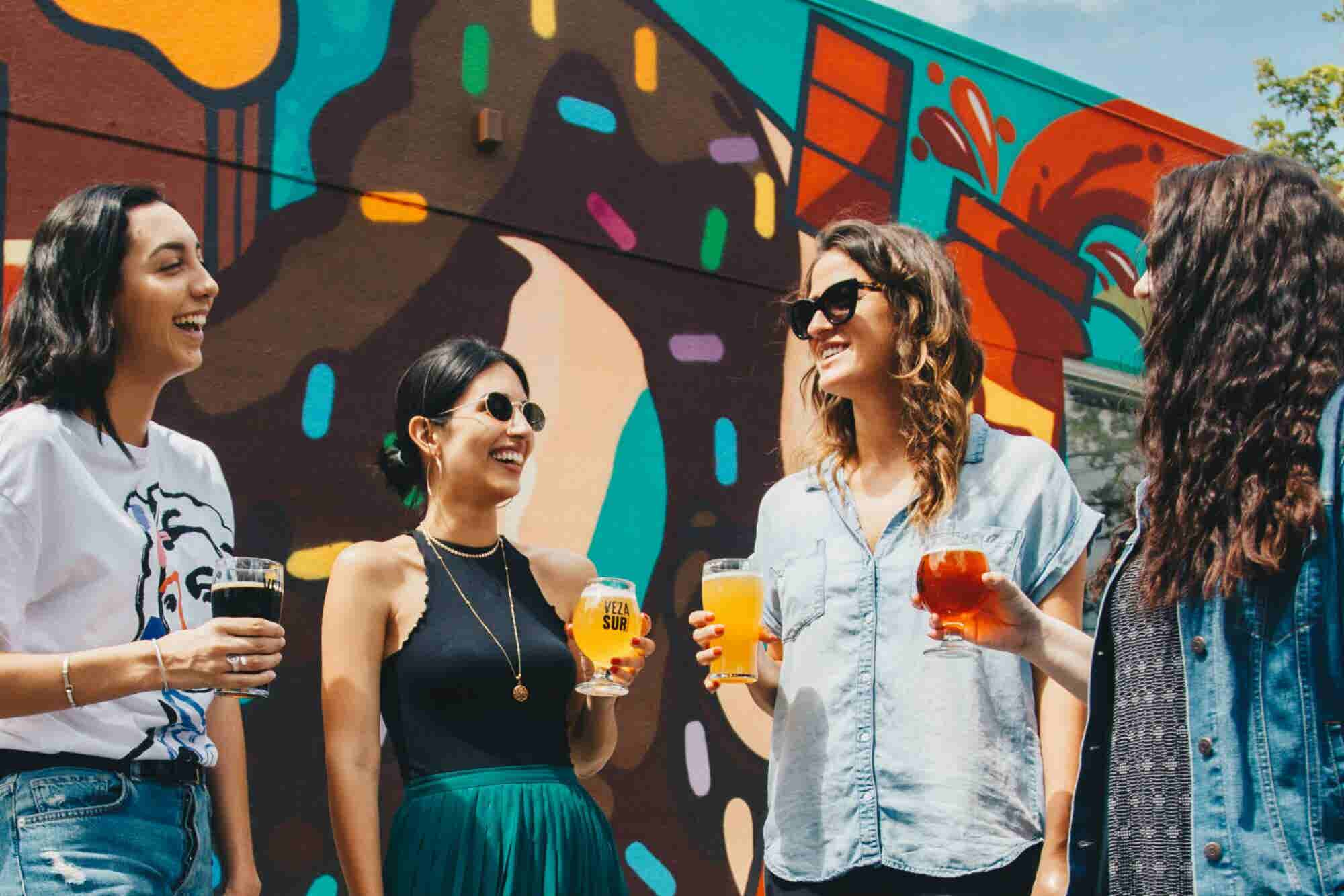 25 ideas de negocio para ganar dinero con los millennials