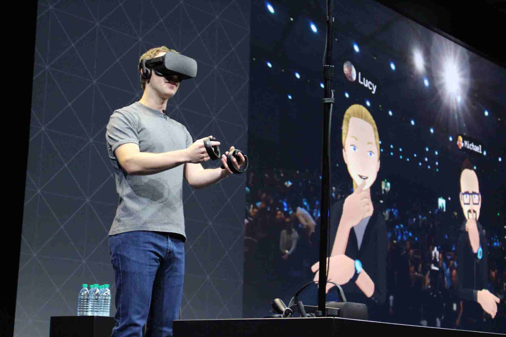 3 Ways You Can Use Virtual Reality to Boost Member Engagement in Your Facebook Groups