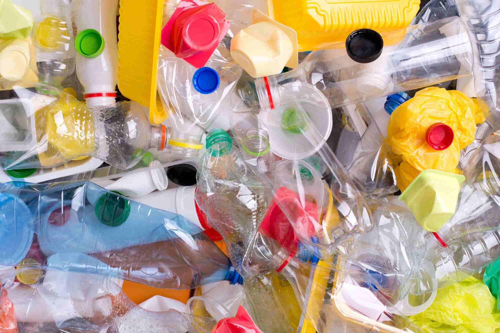 Por qué Europa se despide del plástico desechable