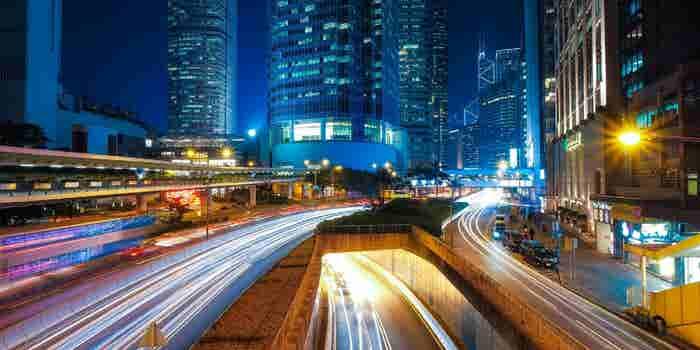 Why Mainland Chinese Investors are Eyeing Hong Kong Market