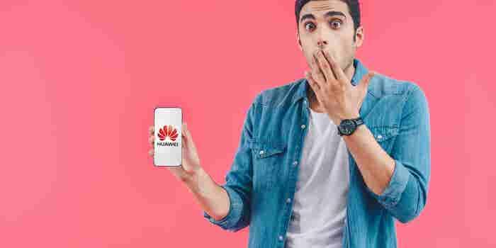Huawei reprendió a dos de sus empleados por cometer este error