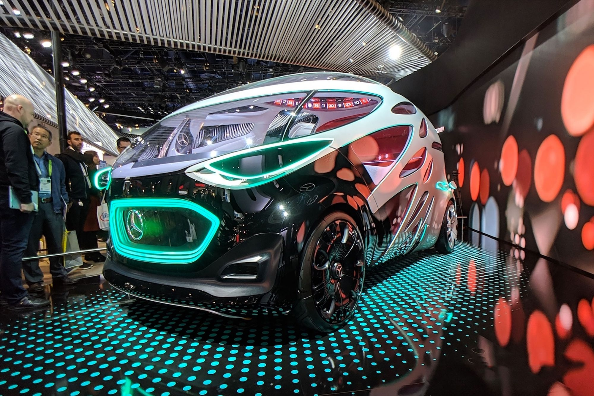 QnA VBage The 15 Craziest Cars and Futuristic Vehicles of CES 2019