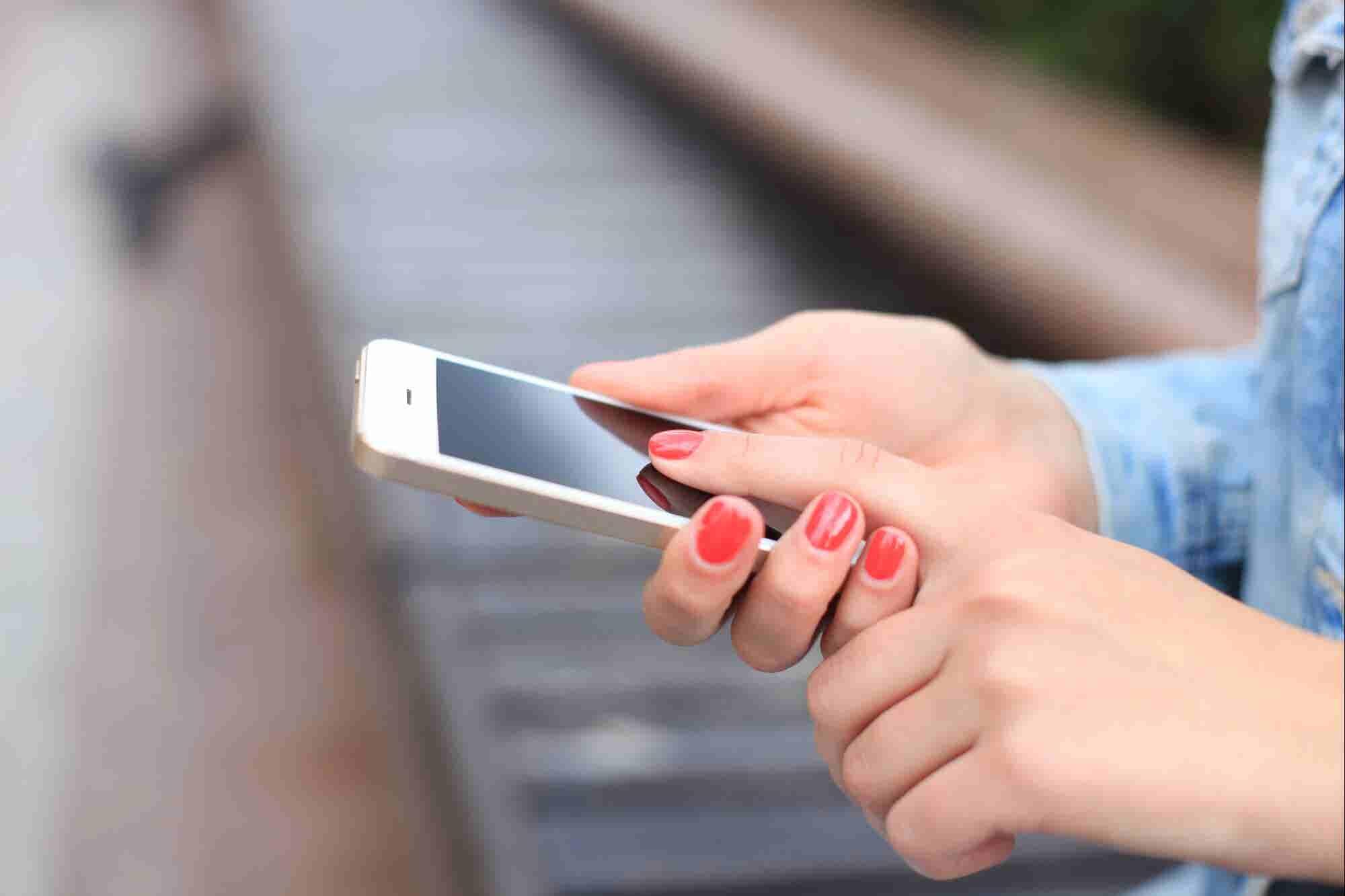 Albo, la app que te deja manejar tu dinero sin bancos, levantó más de siete millones de dólares