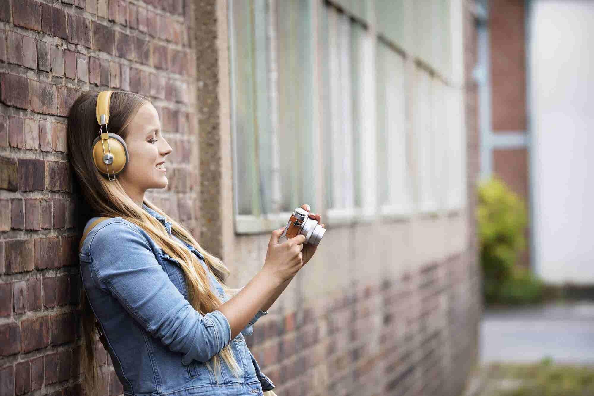Listen Up: Panasonic HTX80B