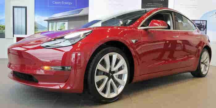 Un Tesla Model 3 puede ser tuyo si logras hackearlo