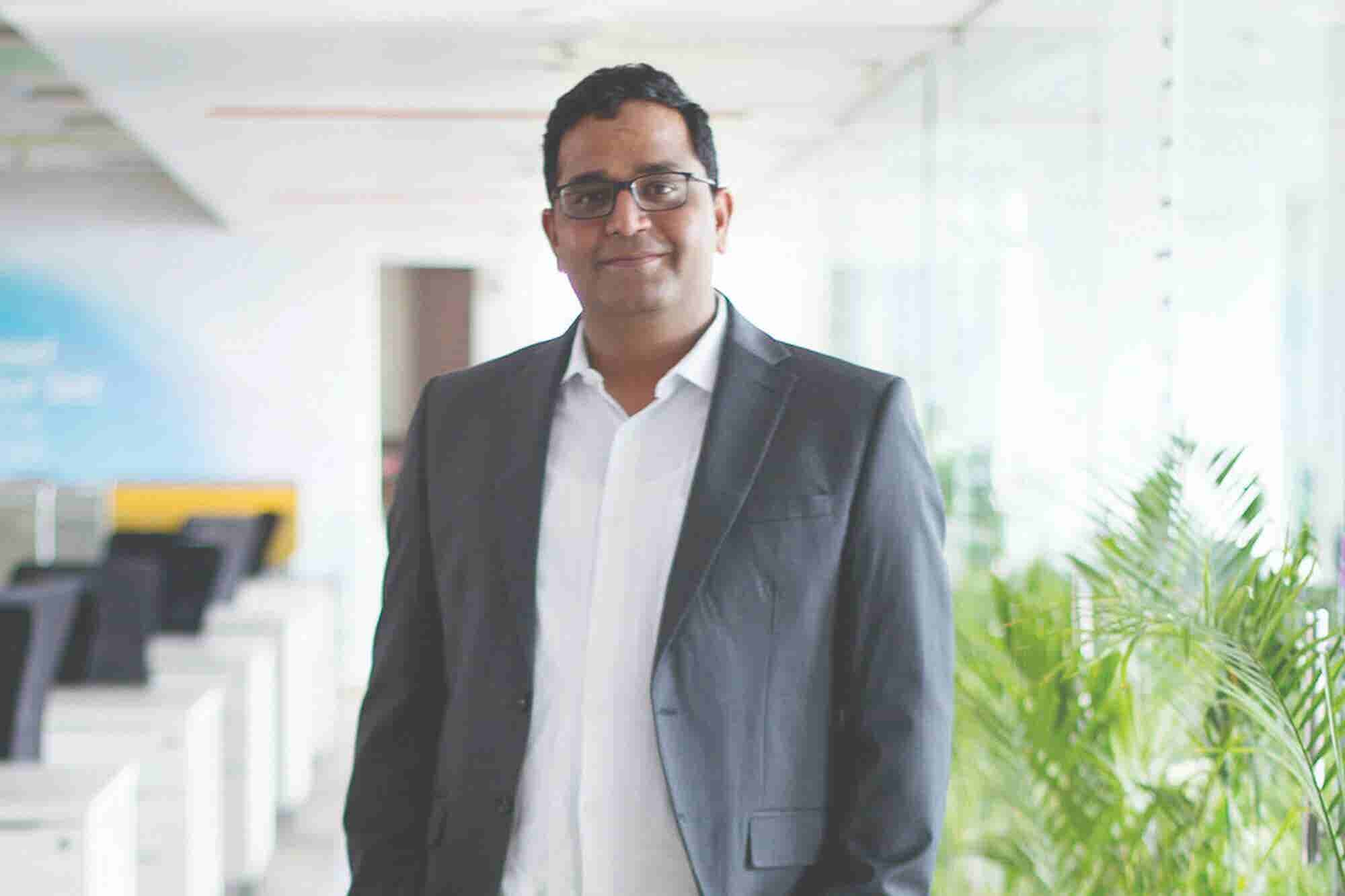 Want to Get Investment From Vijay Shekhar Sharma? Become His Friend