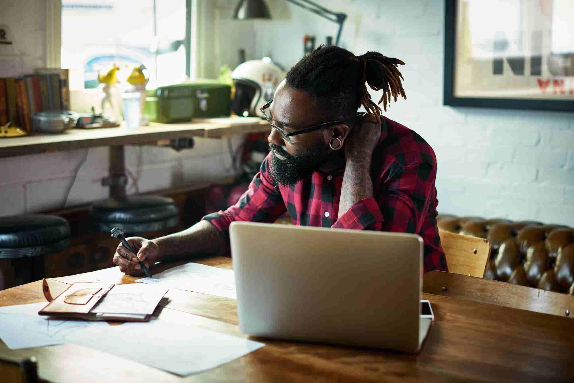 2 Ways to Make Money Online This Month