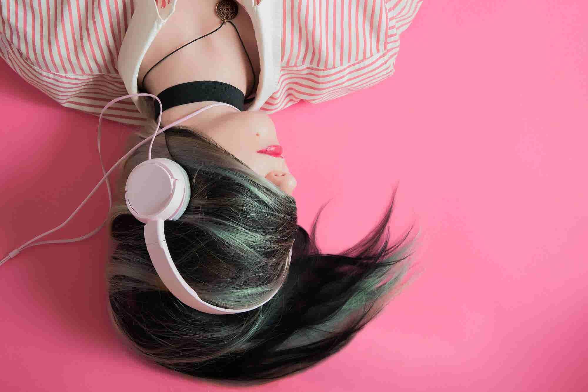 How India's Millennials, Smartphones will Awaken the Music Industry's 'Sleeping Giant'