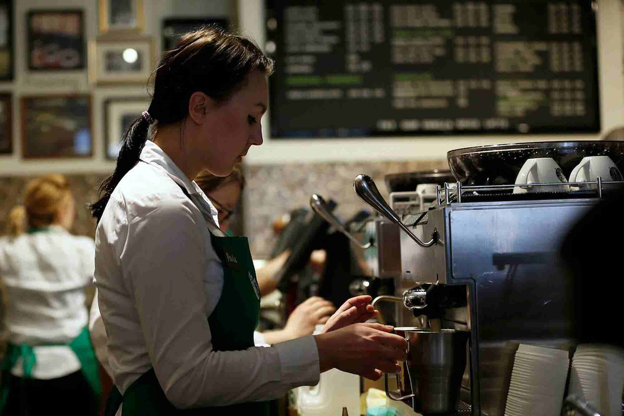Some Starbucks Baristas Are Begging Their Former CEO Not to Run for President