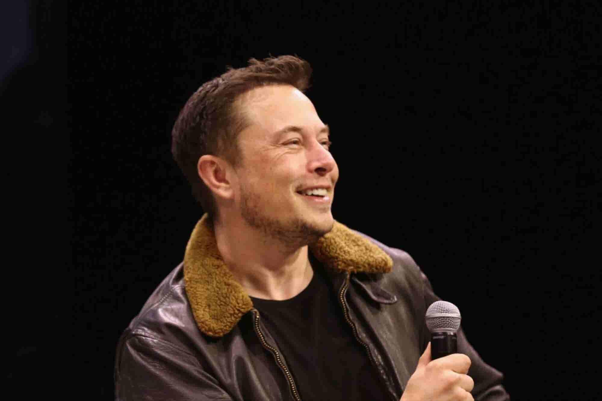 Comer y agradecer: Las visiones de Elon y Kimbal Musk sobre los alimen...