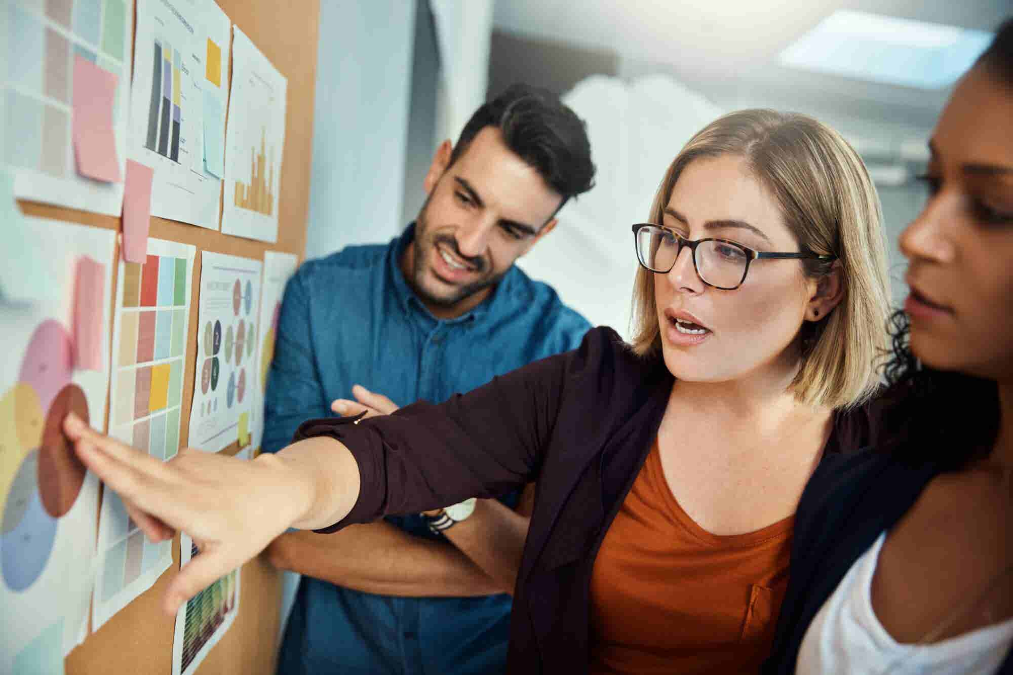 4 Tips for Hiring the Right PR Agency