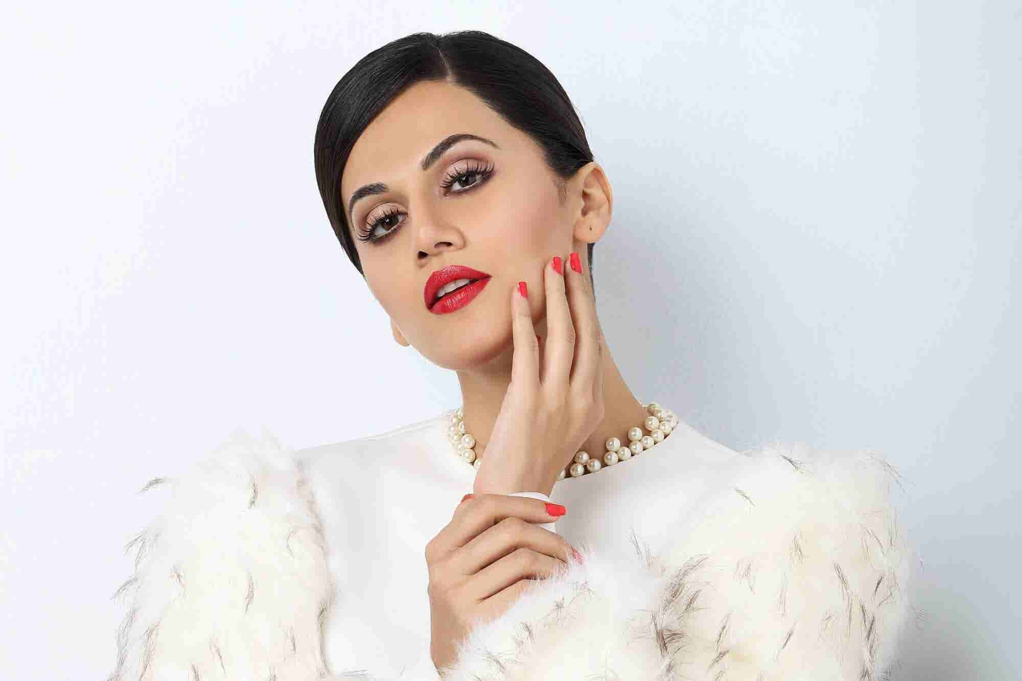 Know Why Bollywood Actress Taapsee Pannu Made into Entrepreneur's 35under35 List