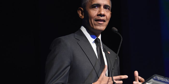 Obama Recommends Black History Month Reading List