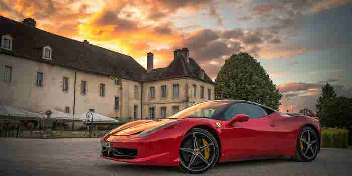 Las 10 barreras que tienes que vencer antes de tener el Ferrari de tus sueños