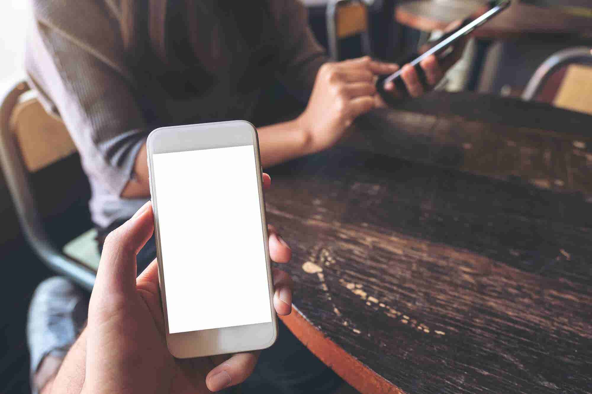 How Phone Screen Sharing Could Launch New Billion Dollar Industries