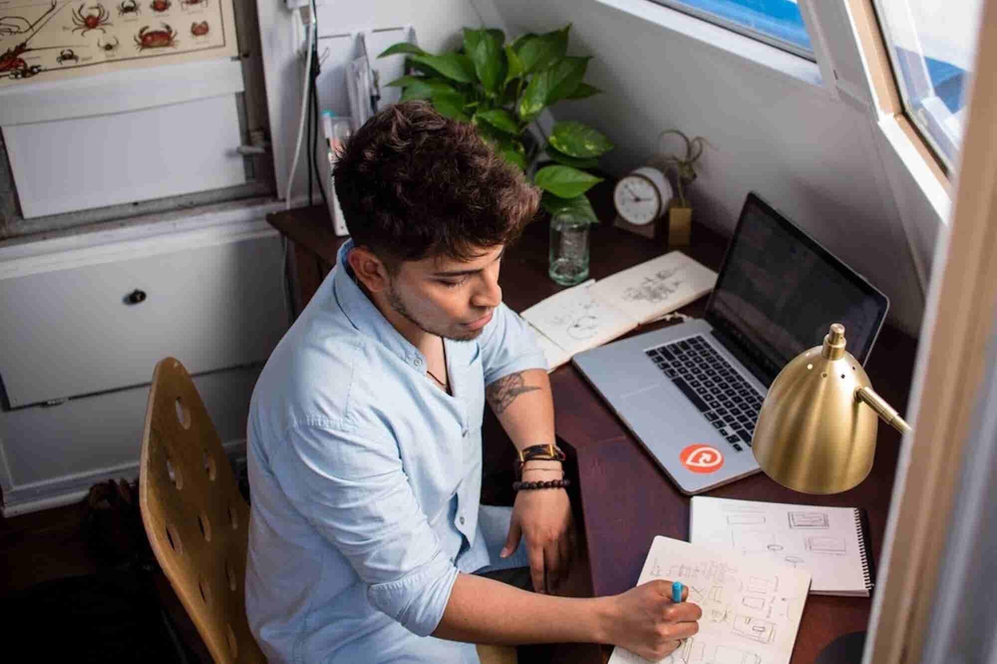 5 Ways to Make a Steady Freelance Income