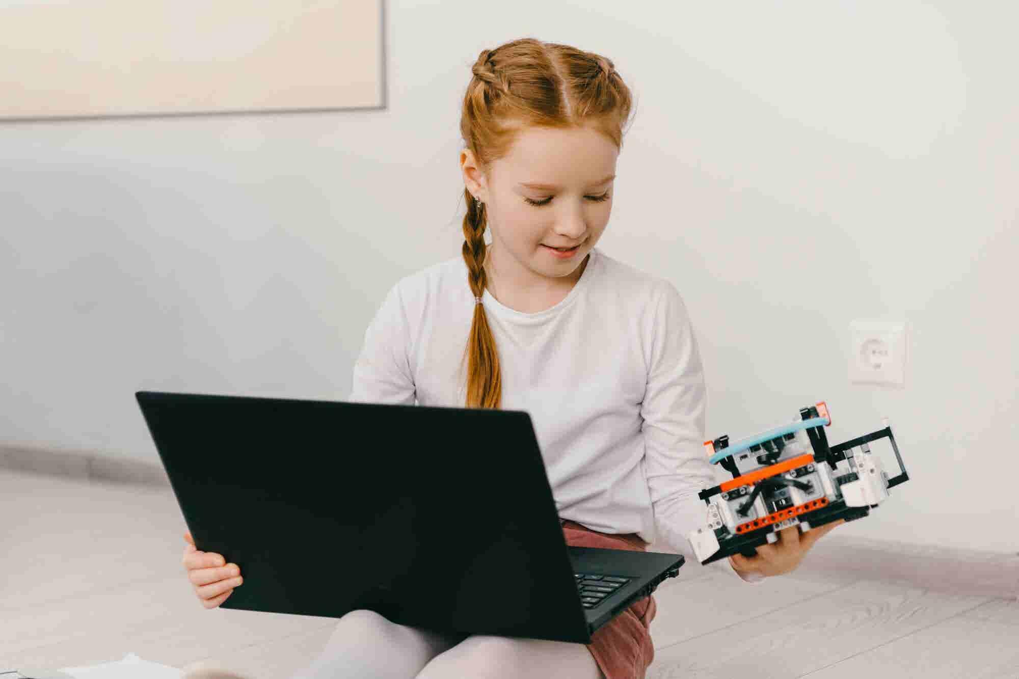 ¿Quieres educar una hija emprendedora? 7 estrategias para hacer que ame las ciencias