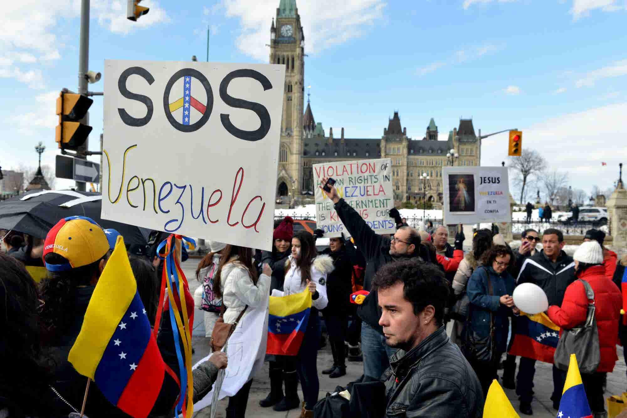 Cómo son realmente los venezolanos que emigran