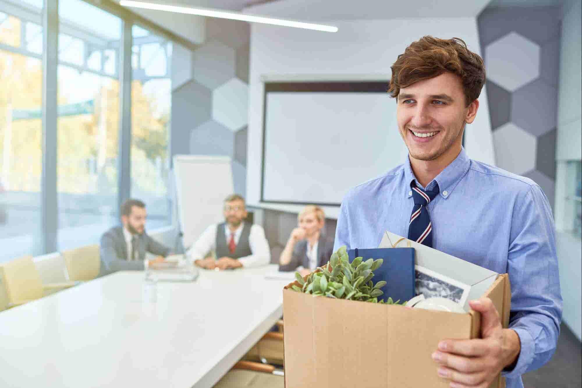 ¿Cuál es el mejor momento para renunciar a tu trabajo diario y emprender?