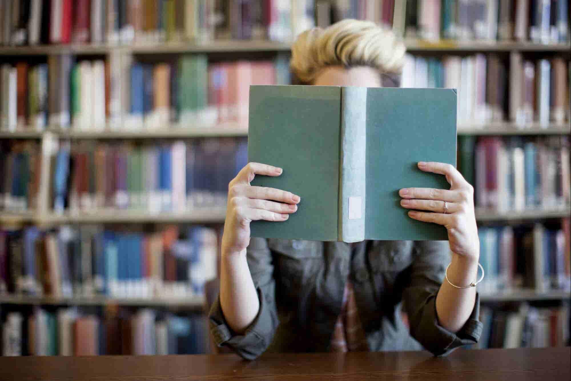 No, leer un libro a la semana NO te hará exitoso