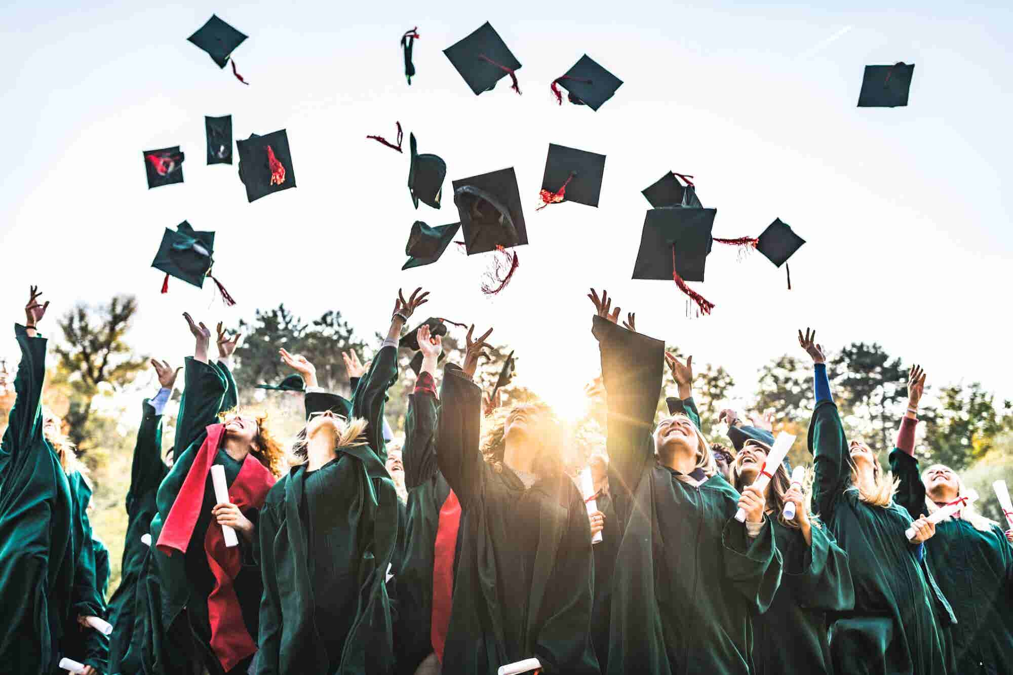 Are You Fresh Out of School? Here's How You Can Stand Out Even at Major Companies.