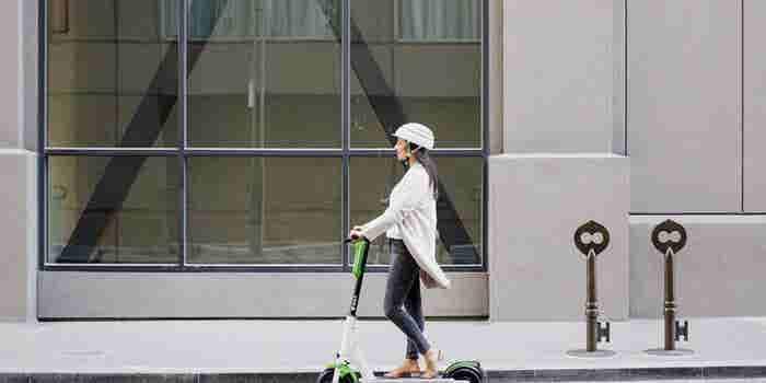 Google mostrará los scooters de Lime en sus mapas